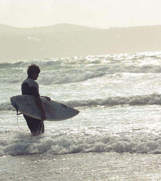 Eat Surf Live